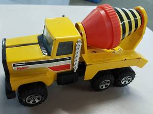 Cool Nylint Yellow concrete mixer truck