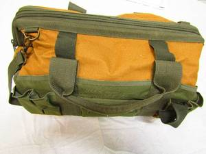 Big and very nice is this heavy canvas tool bag